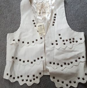 Arden B white studded faux leather vest medium